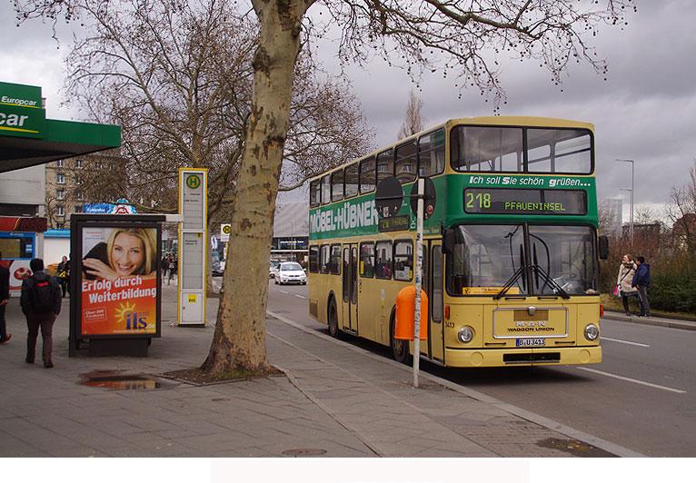 busse in berlin fotos von der berliner doppeldeckerbussen doppeldeckerbus suchen sie fotos. Black Bedroom Furniture Sets. Home Design Ideas