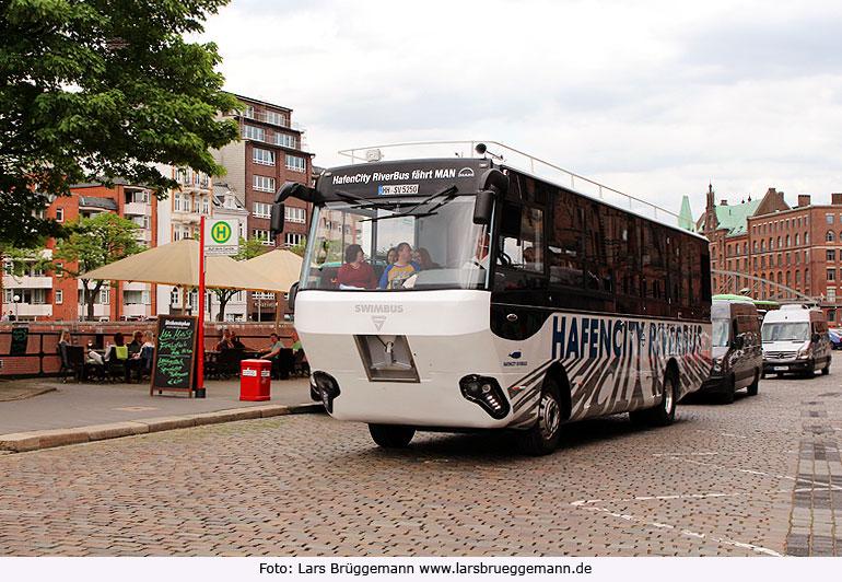 2 fotos der hafencity riverbus in hamburg. Black Bedroom Furniture Sets. Home Design Ideas