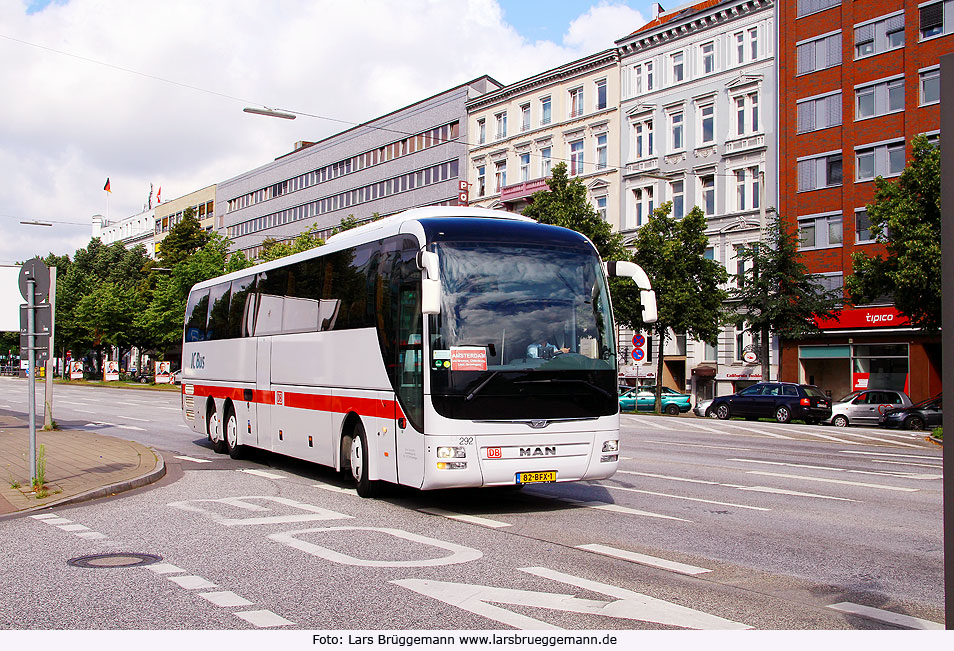 ein foto ic bus hamburg amsterdam am zob in hamburg regensburger busse. Black Bedroom Furniture Sets. Home Design Ideas