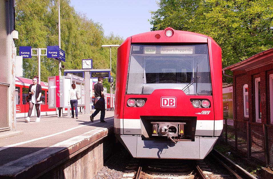 http://www.larsbrueggemann.de/fotos-eb-14-630px/529ewd-bahnhof-suelldorf.jpg