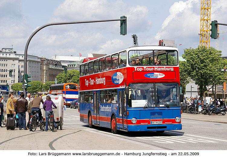 3 fotos stadtrundfahrt busse in hamburg regensburger busse. Black Bedroom Furniture Sets. Home Design Ideas